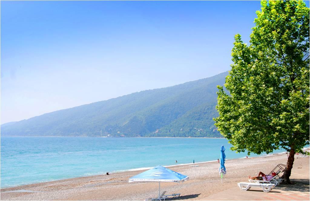 Гагра - райский уголок Абхазии