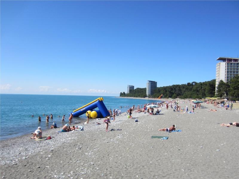 Пицундский пляж в июне 2014