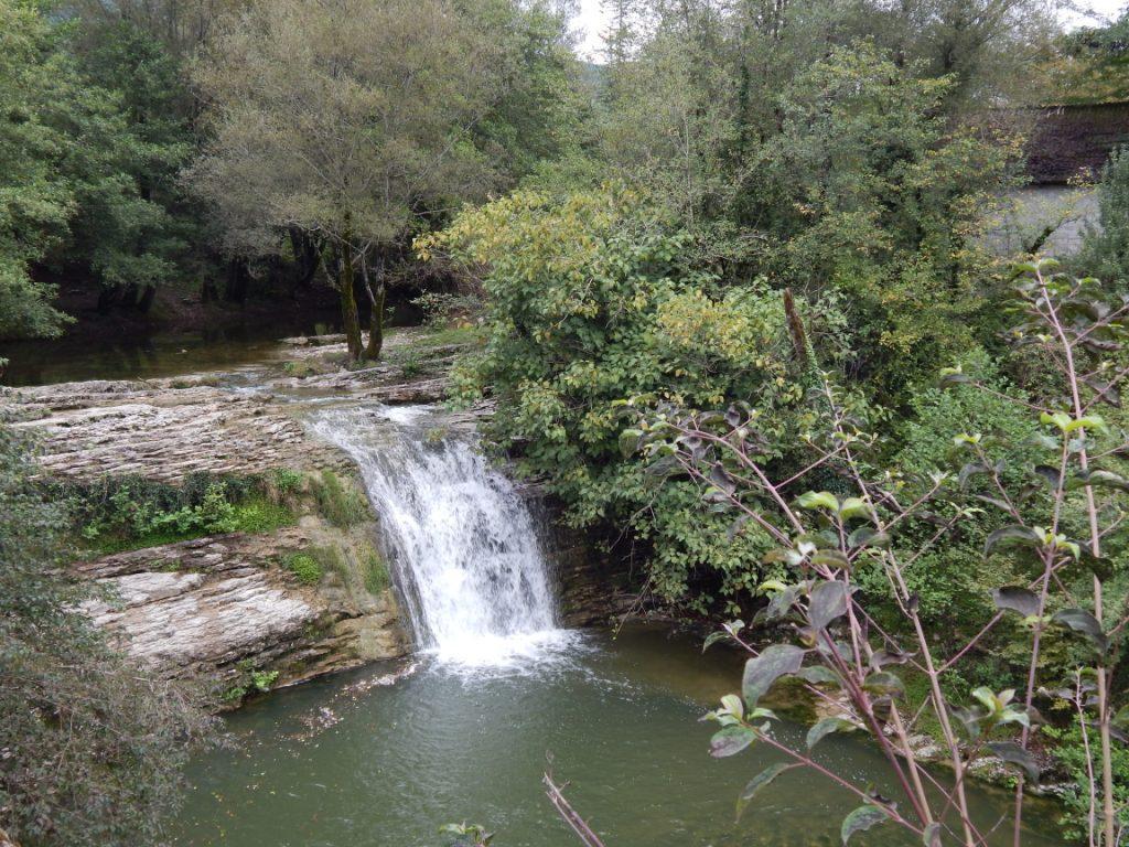 Хрустальный звон Ольгинского водопада