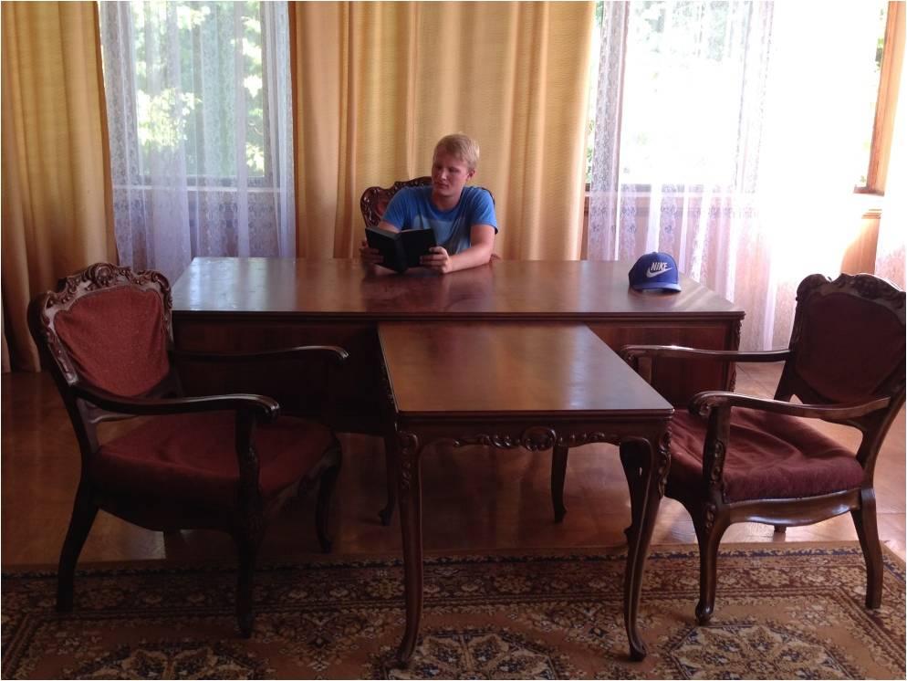 В кабинете Сталина на Госдаче № 27 в Мюссере