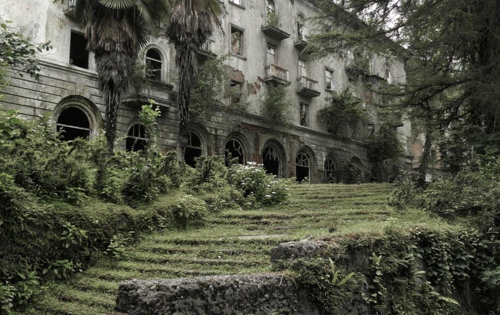 Акармара - город-призрак в абхазских субтропиках
