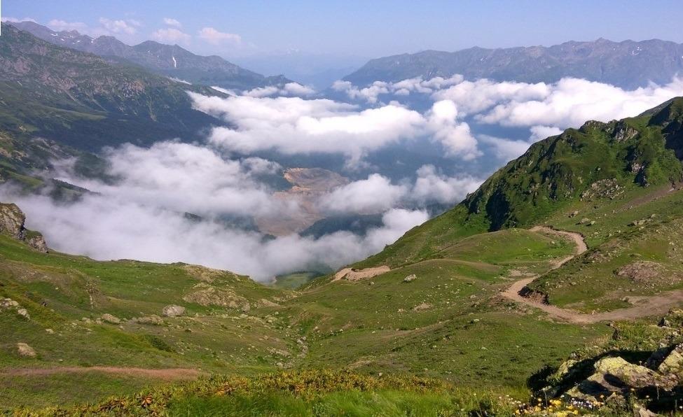 По горным дорогам Абхазии