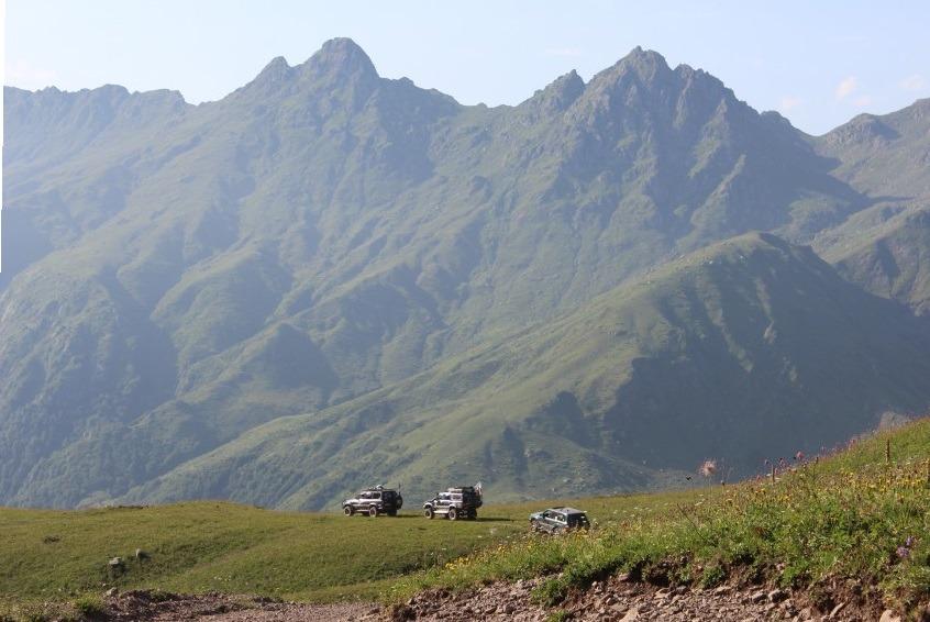 Джиппинг по альпийским лугам Абхазии